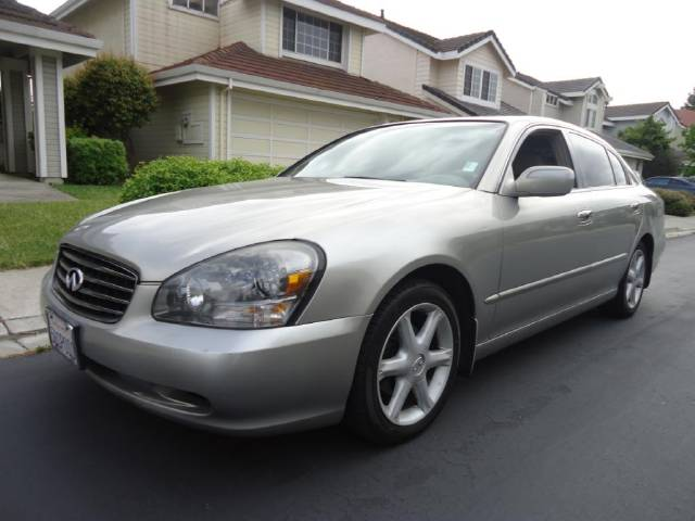 Infiniti Q45 Luxury Sedan - Cheap used cars for sale by owner on
