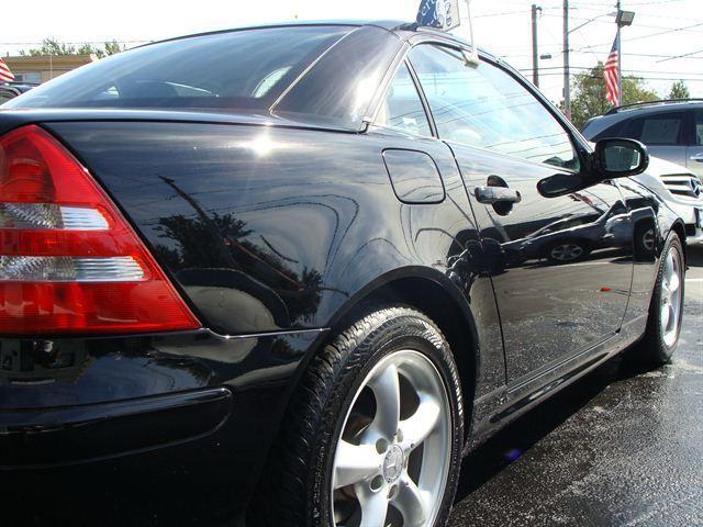 Image 13 of 2003 Mercedes-Benz SLK…