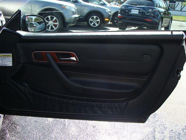 Image 16 of 2003 Mercedes-Benz SLK…