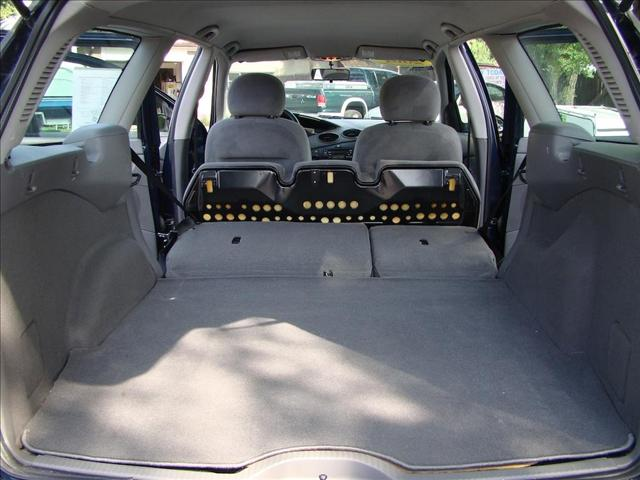 Image 5 of 2001 Ford Focus WAGON…