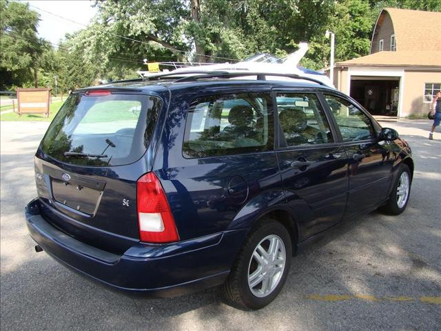 Image 12 of 2001 Ford Focus WAGON…
