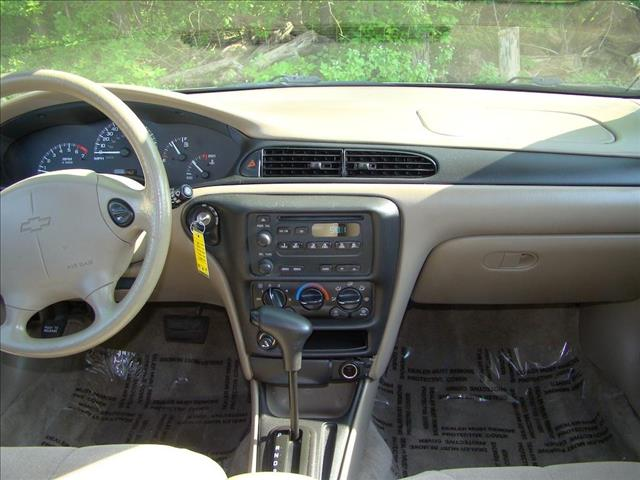 2004 Chevrolet Classic Base - Highland IN