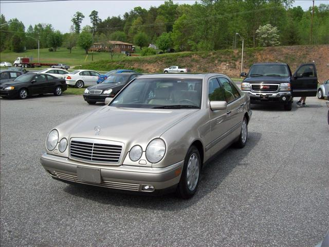1997 mercedes benz e class 2110 hickory blvd sw lenoir for 1997 mercedes benz e class