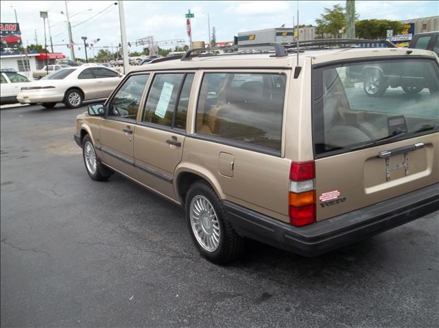 volvo 940 wagon used cars for sale. Black Bedroom Furniture Sets. Home Design Ideas