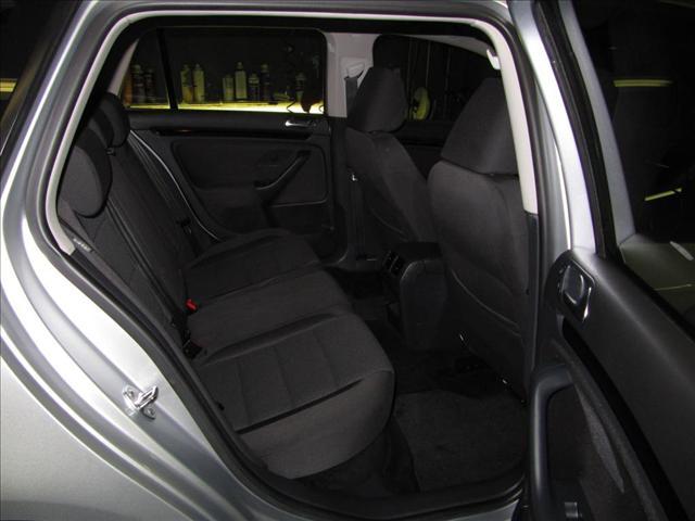 Image 4 of 2010 Volkswagen Jetta…