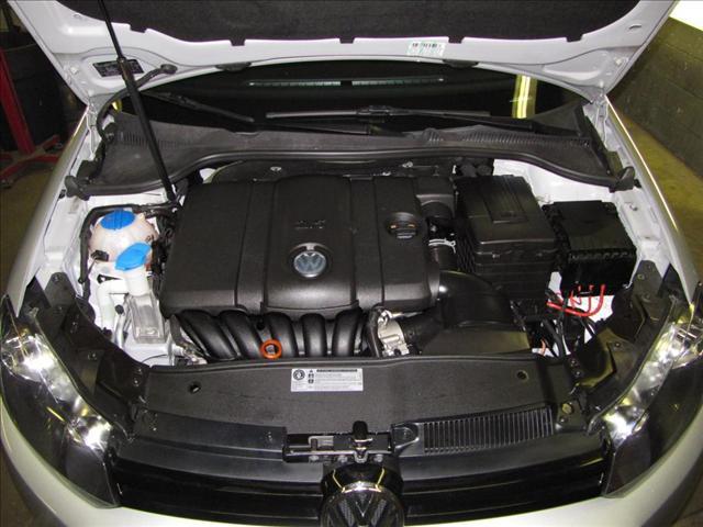 Image 6 of 2010 Volkswagen Jetta…