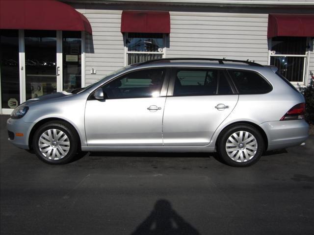 Image 16 of 2010 Volkswagen Jetta…