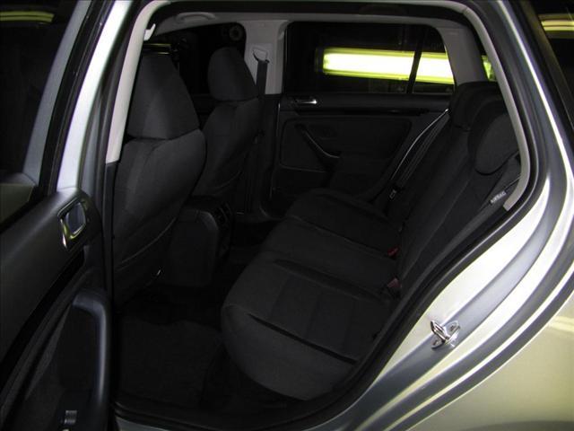 Image 18 of 2010 Volkswagen Jetta…
