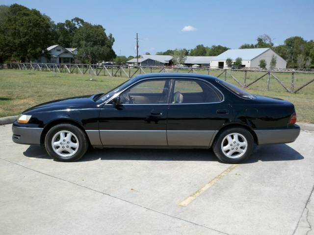 1995 Lexus ES 300
