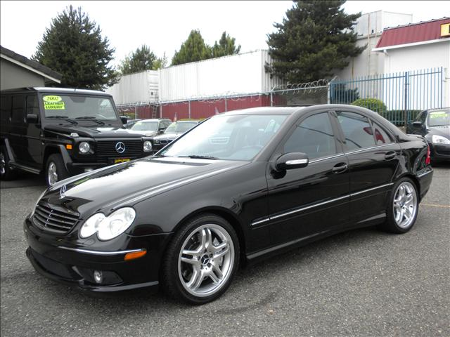 2005 mercedes benz c class 34515 16th ave s federal for Used 2005 mercedes benz
