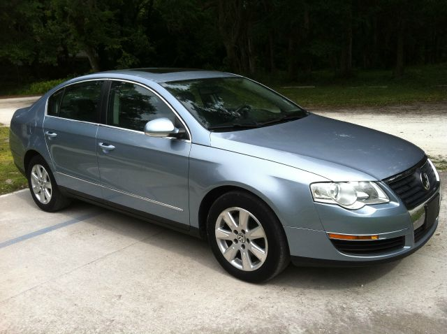 2006 Volkswagen Passat - Gainesville, FL
