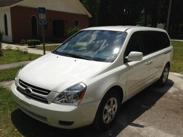 2006 Kia Sedona - Gainesville, FL