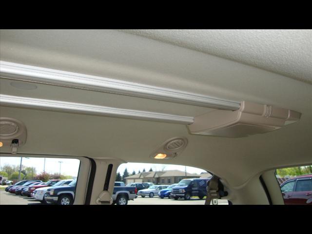 Image 4 of 2007 Chrysler Town &…