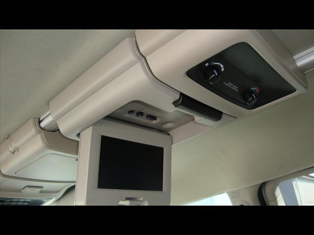 Image 5 of 2007 Chrysler Town &…