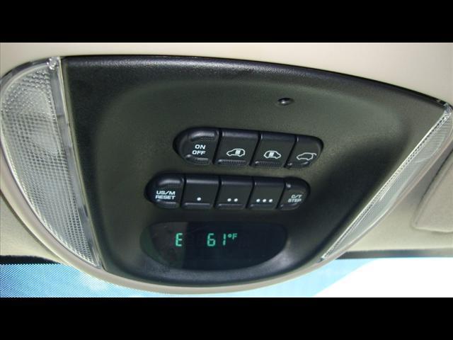Image 18 of 2007 Chrysler Town &…