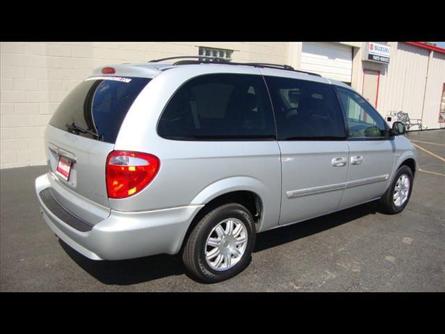 Image 24 of 2007 Chrysler Town &…