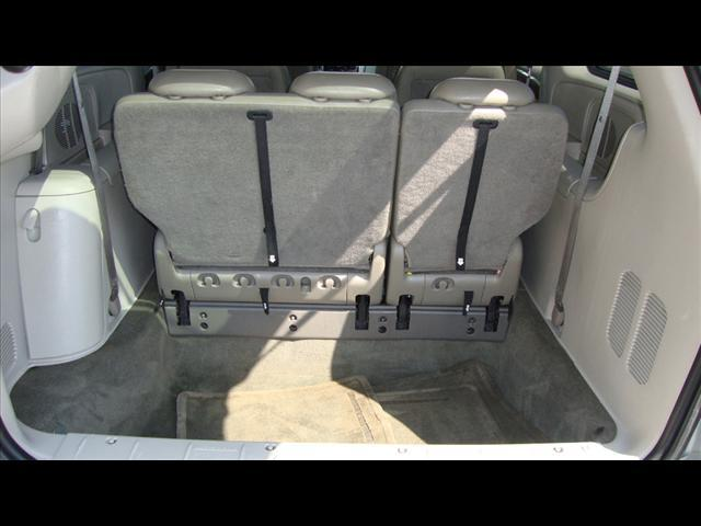 Image 26 of 2007 Chrysler Town &…