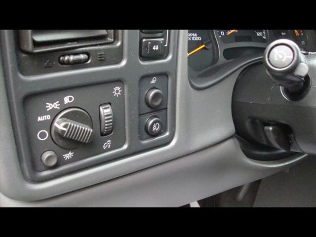 Image 7 of 2004 Chevrolet Avalanche…