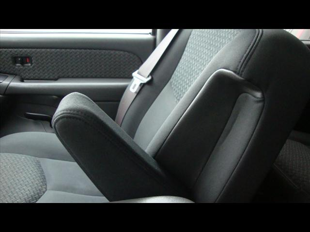 Image 16 of 2004 Chevrolet Avalanche…