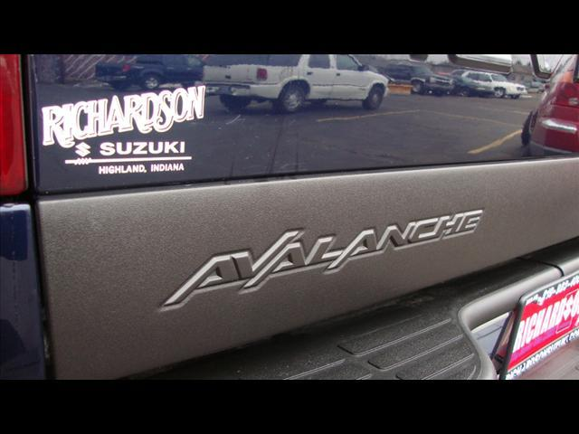 Image 22 of 2004 Chevrolet Avalanche…