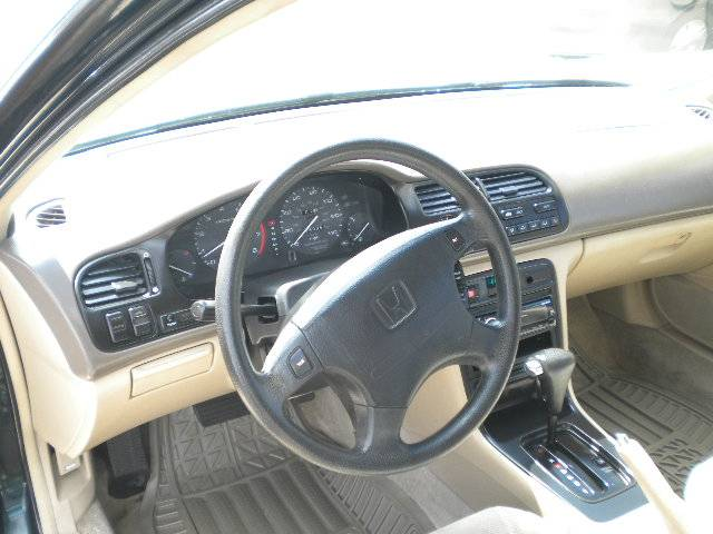 Image 2 of 1995 Honda Accord EX…