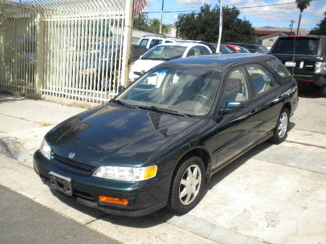 Image 18 of 1995 Honda Accord EX…