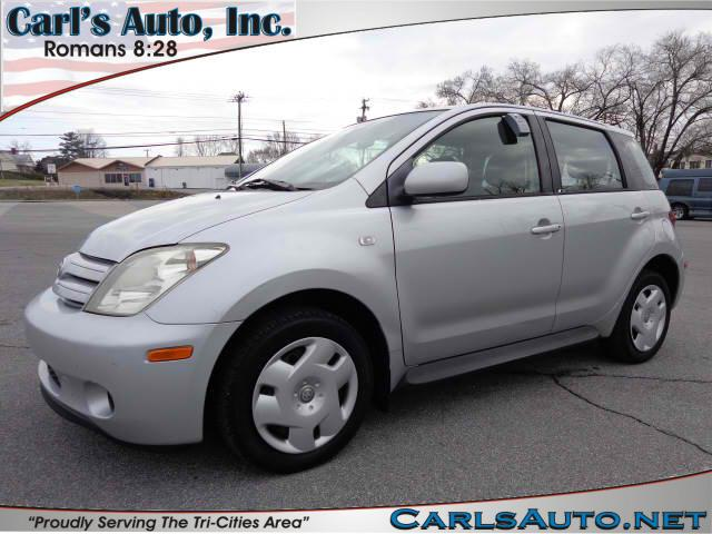 2005 SCION XA silver here at carls auto inc we strive to bring you the best selection at the bes