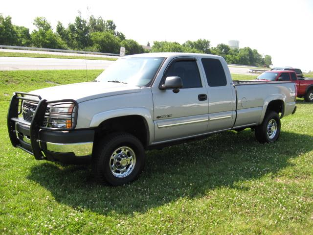 2005 Chevrolet Silverado 2500 Ext Cab Long Bed 4x4 - $13990 ...