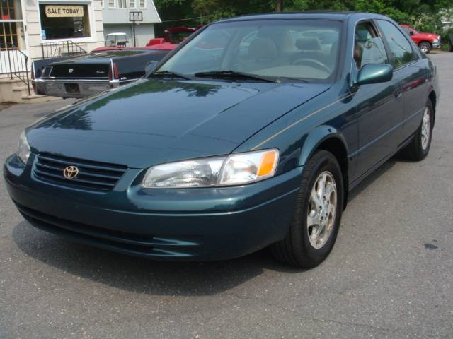 1997 toyota camry 23 south rd pepperell ma 01463. Black Bedroom Furniture Sets. Home Design Ideas