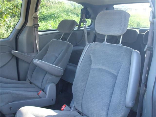 2005 Dodge Caravan  - Riverdale MD