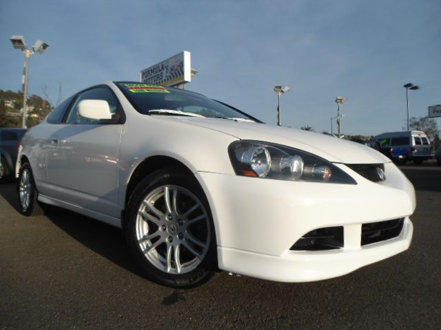 2005 ACURA RSX COUPE WITH 5-SPEED AT AND LEAT white this is one sweet acura rsx  this thing is f