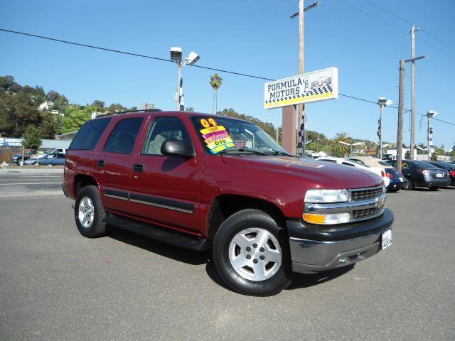 2004 CHEVROLET TAHOE BASE burgundy this 2004 chevrolet tahoe has all power options along  with sea