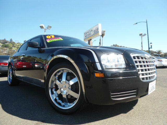 2007 CHRYSLER 300 CUSTOM CHROME WHEELS black this is truly a sweet looking 300 in black on black