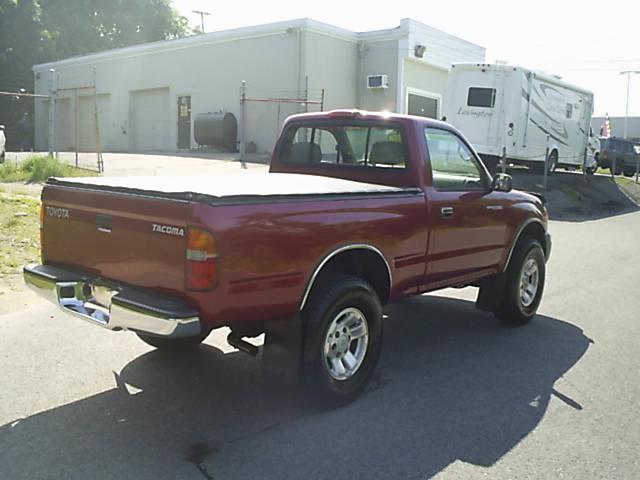 Image 24 of 1998 Toyota Tacoma Base…