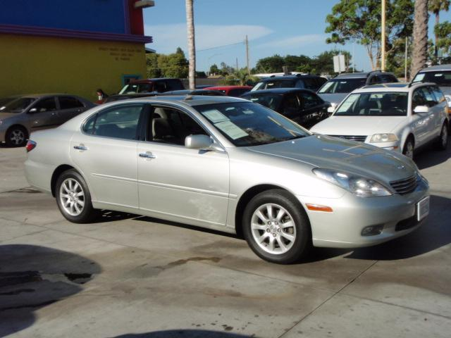 used 2003 lexus es 300 for sale 11545 carson street lakewood ca 90715 used cars for sale. Black Bedroom Furniture Sets. Home Design Ideas