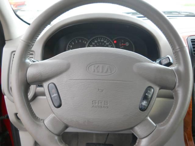 Image 17 of 2004 Kia Sedona EX 6-Cylinder…