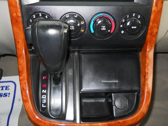 Image 20 of 2004 Kia Sedona EX 6-Cylinder…