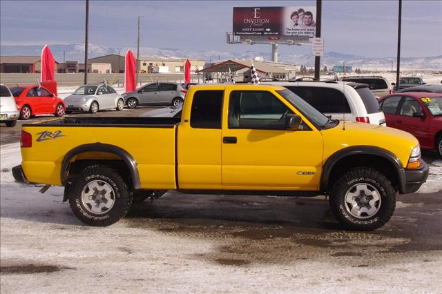 2002 Chevrolet S10 Base 6 Cylinder Yellow