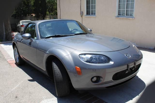 Image 1 of 2006 Mazda MX-5 Miata…
