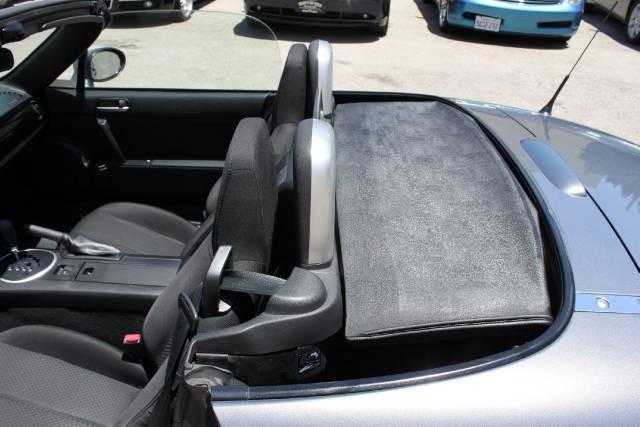 Image 4 of 2006 Mazda MX-5 Miata…
