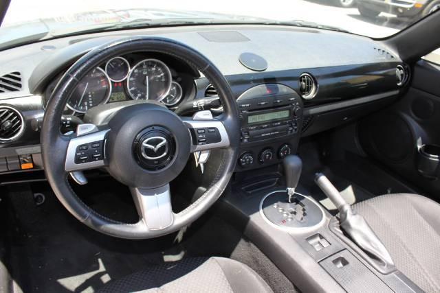 Image 5 of 2006 Mazda MX-5 Miata…