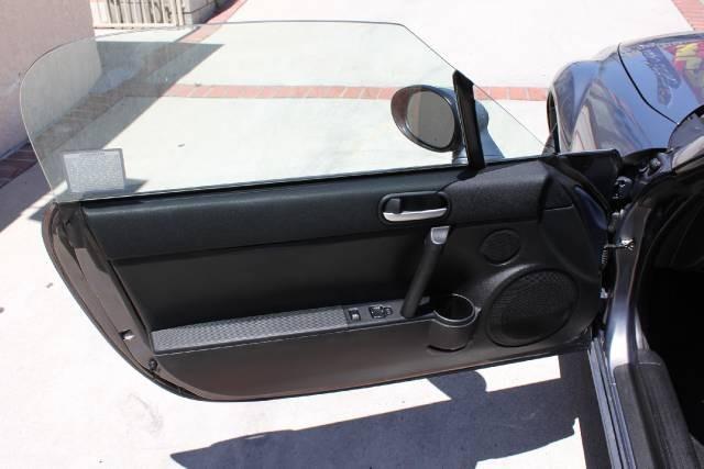 Image 13 of 2006 Mazda MX-5 Miata…