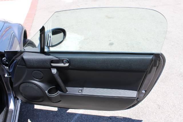 Image 14 of 2006 Mazda MX-5 Miata…