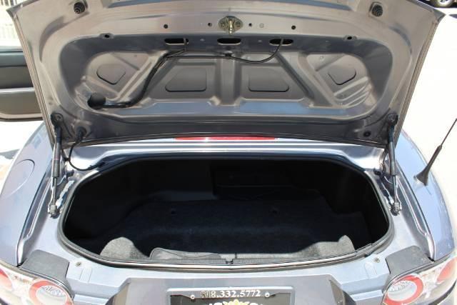 Image 16 of 2006 Mazda MX-5 Miata…