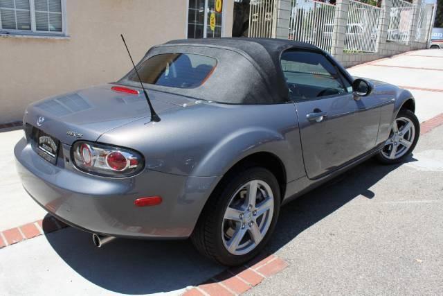 Image 24 of 2006 Mazda MX-5 Miata…