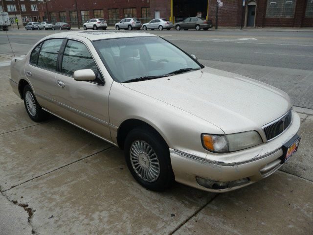 1996 Infiniti I30