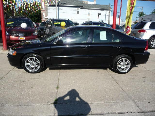 2006 Volvo S60 2.5T AWD - Chicago IL