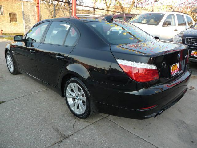 2009 BMW 5 series 535xi - Chicago IL