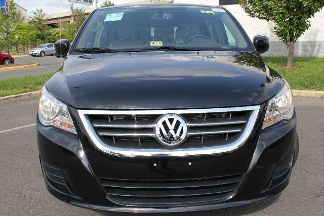 Image 12 of 2011 Volkswagen Routan…