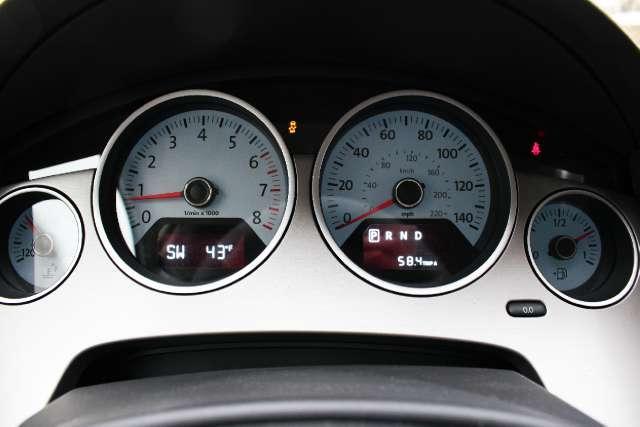 Image 17 of 2011 Volkswagen Routan…